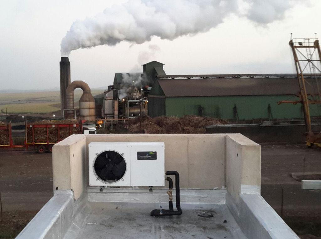 Illovo Training Academy AXHW 03 3kW Heat Pump front view